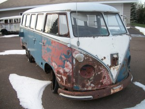 1966 VW deluxe (blue white)